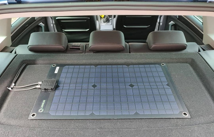 What is a Solar Car Battery Maintainer?