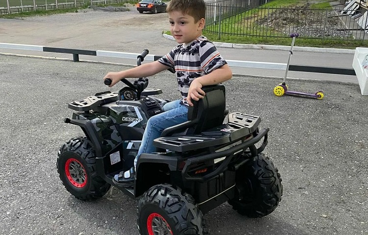 What is a Good Size 4 Wheeler for a 6 Year Old?