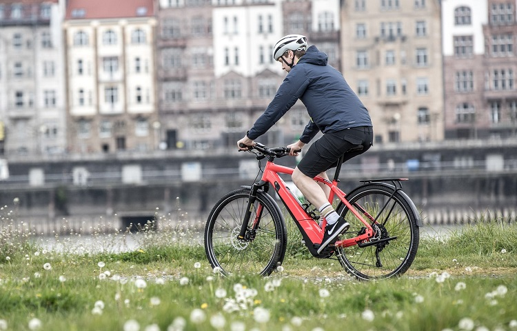 how fast are electric road bikes