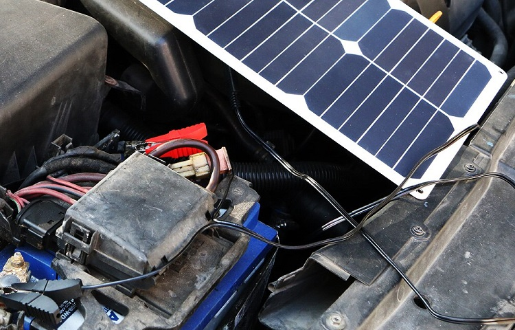 solar battery charger and how they work